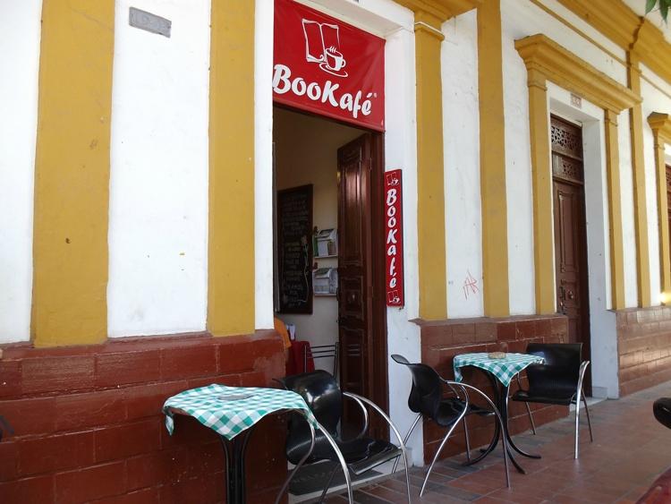 Bookafé Girardot