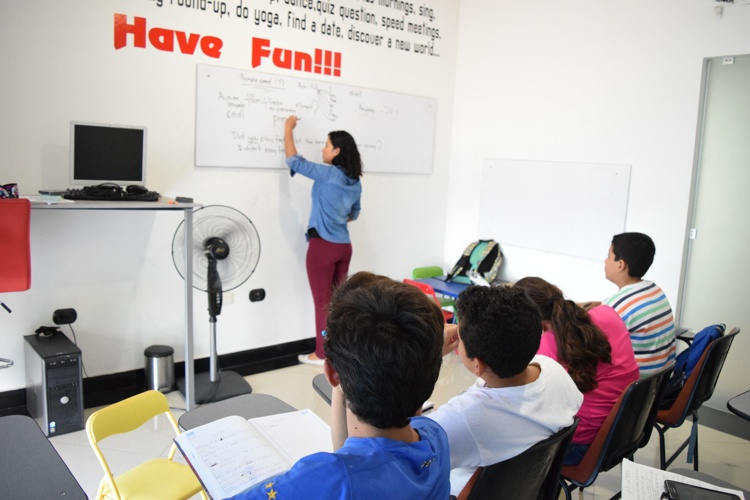 Dynamic English Institute, la mejor opción para aprender un segundo idioma